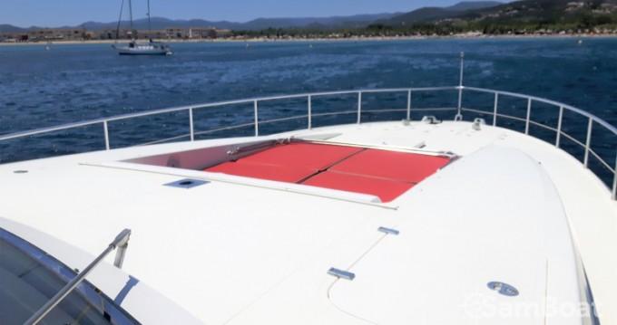 Location bateau Port Grimaud pas cher Leopard 23