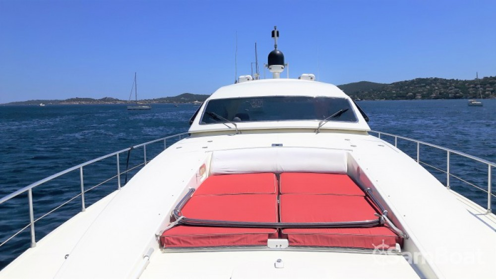 Hire Yacht with or without skipper Leopard Port Grimaud