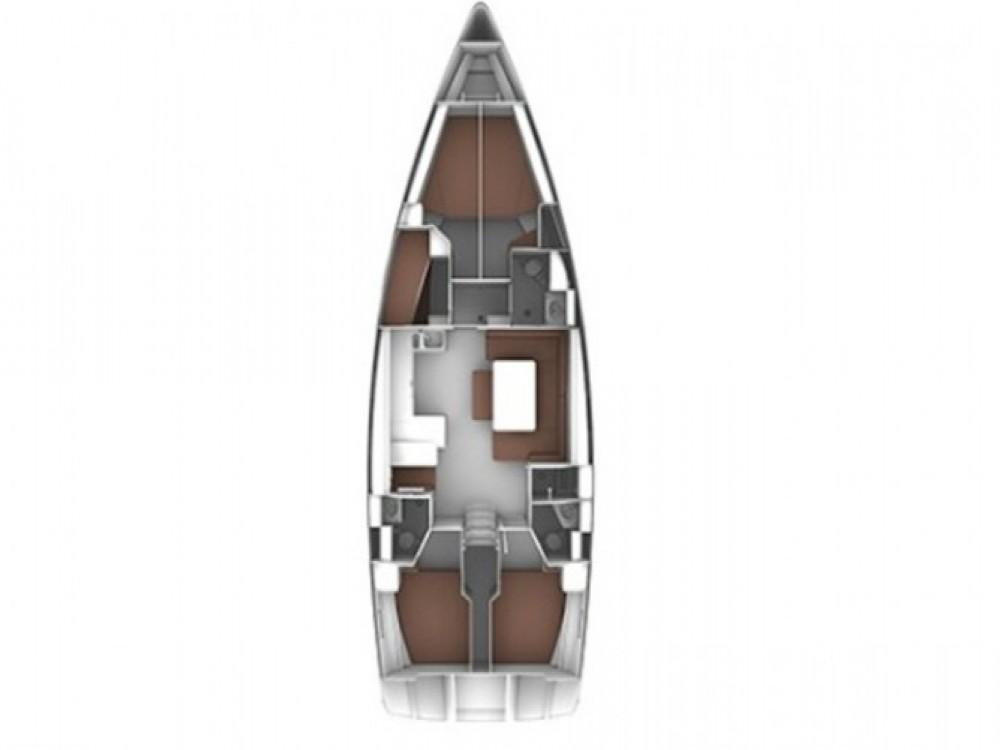 Bavaria Cruiser 51 entre particuliers et professionnel à Marina di Portisco