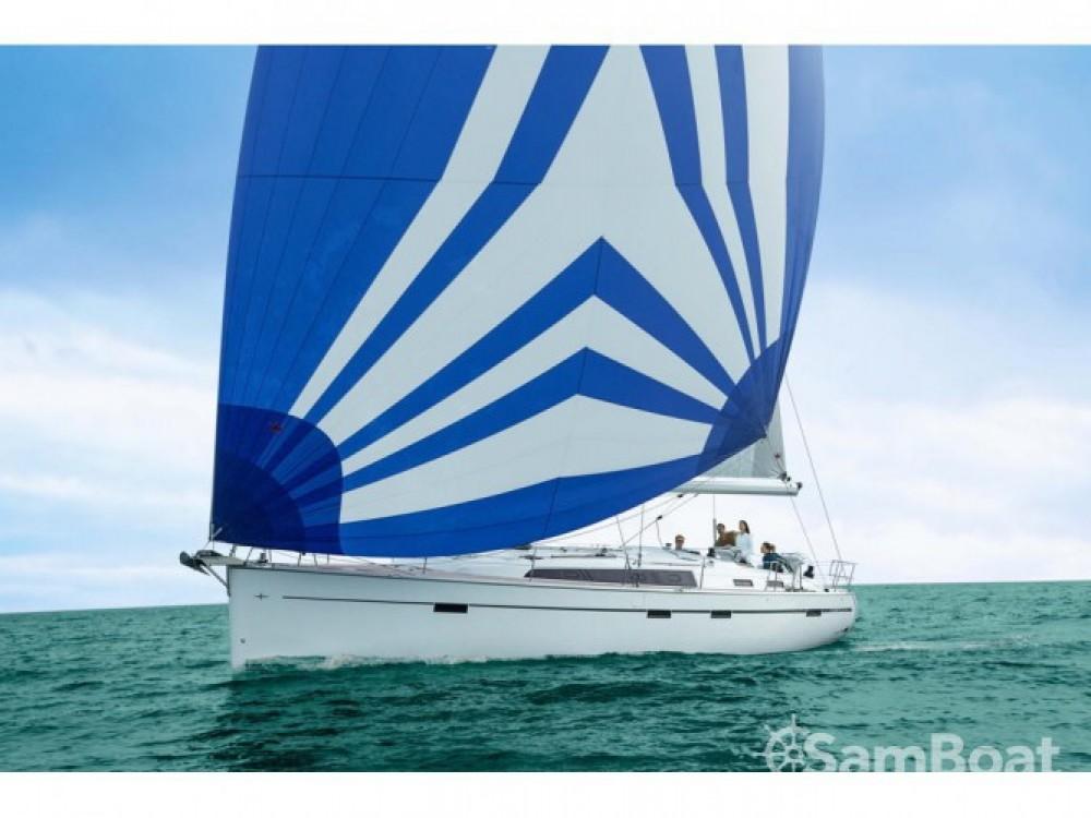 Location bateau Bavaria Bavaria Cruiser 51 à Marina di Portisco sur Samboat