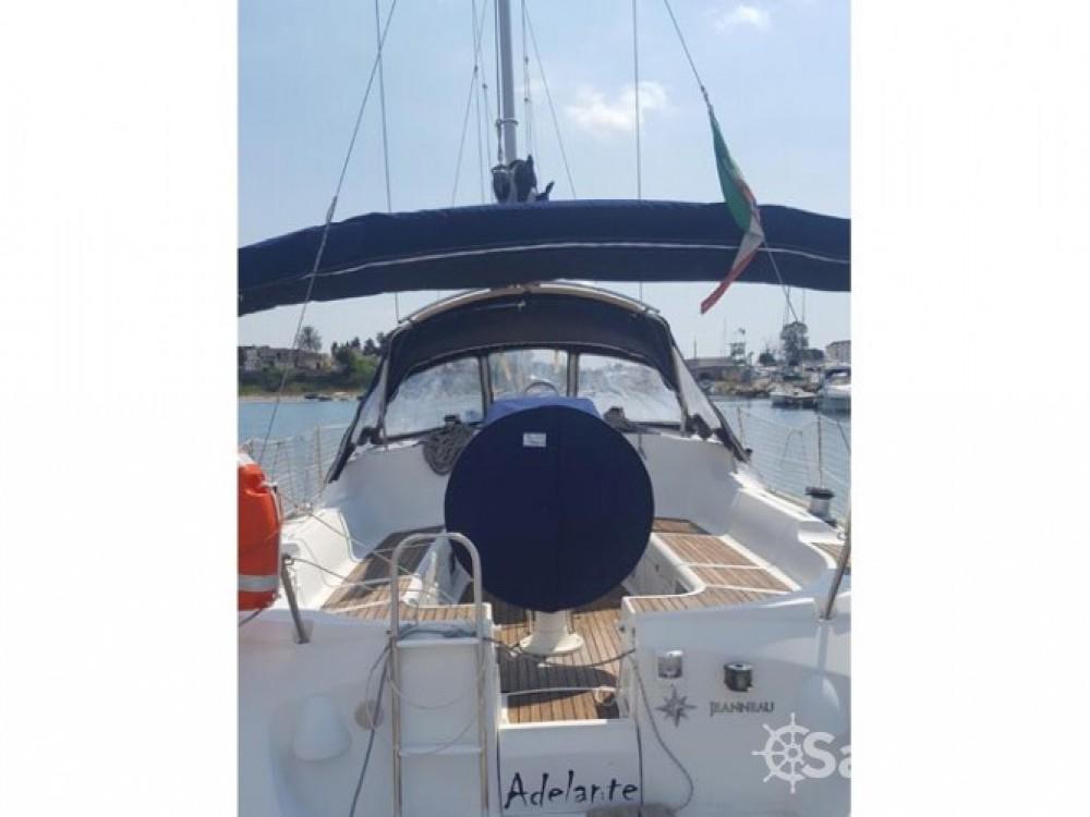 Location bateau Jeanneau Sun Odyssey 37 à Gallipoli sur Samboat