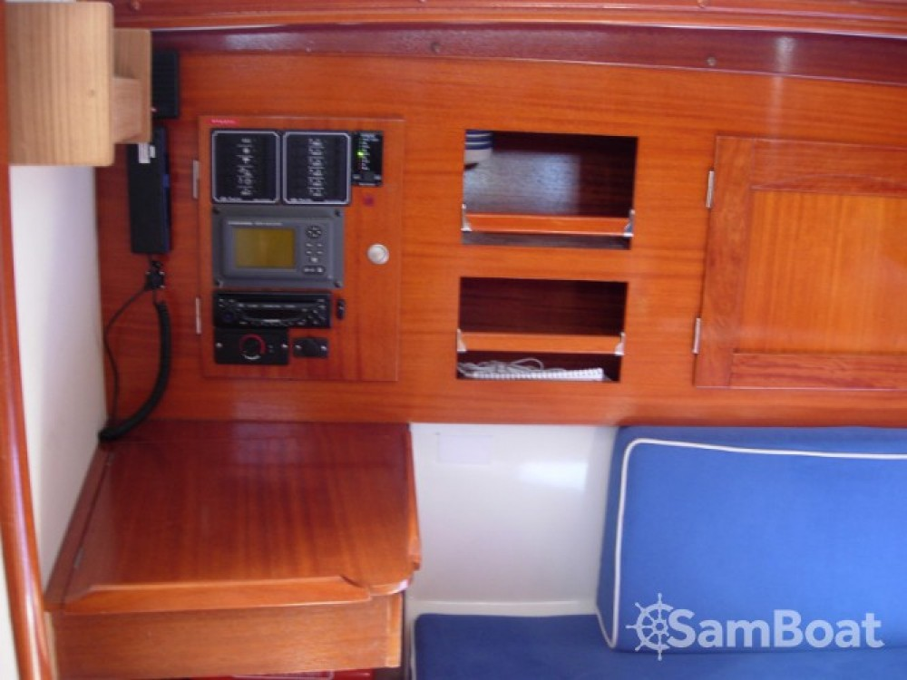 Boat rental Marina Kröslin cheap Hanse 311