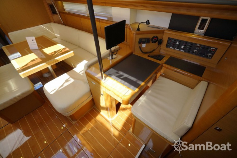 Location bateau Marmaris pas cher Jeanneau 57