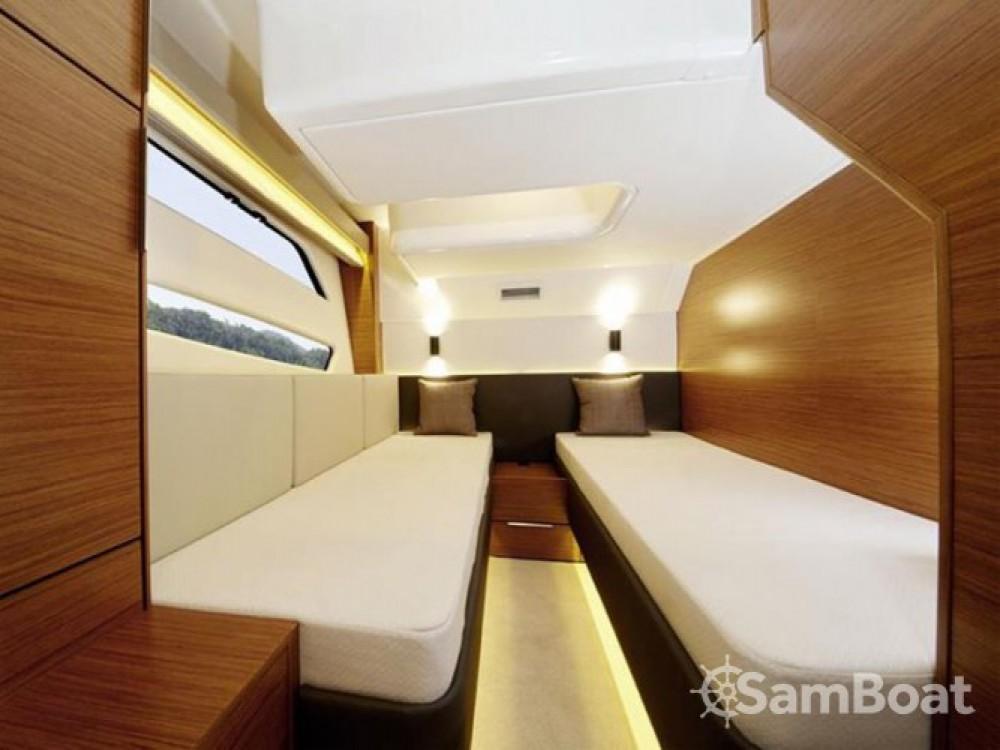 Location yacht à Pula - Bavaria Bavaria Sport S45 HT sur SamBoat