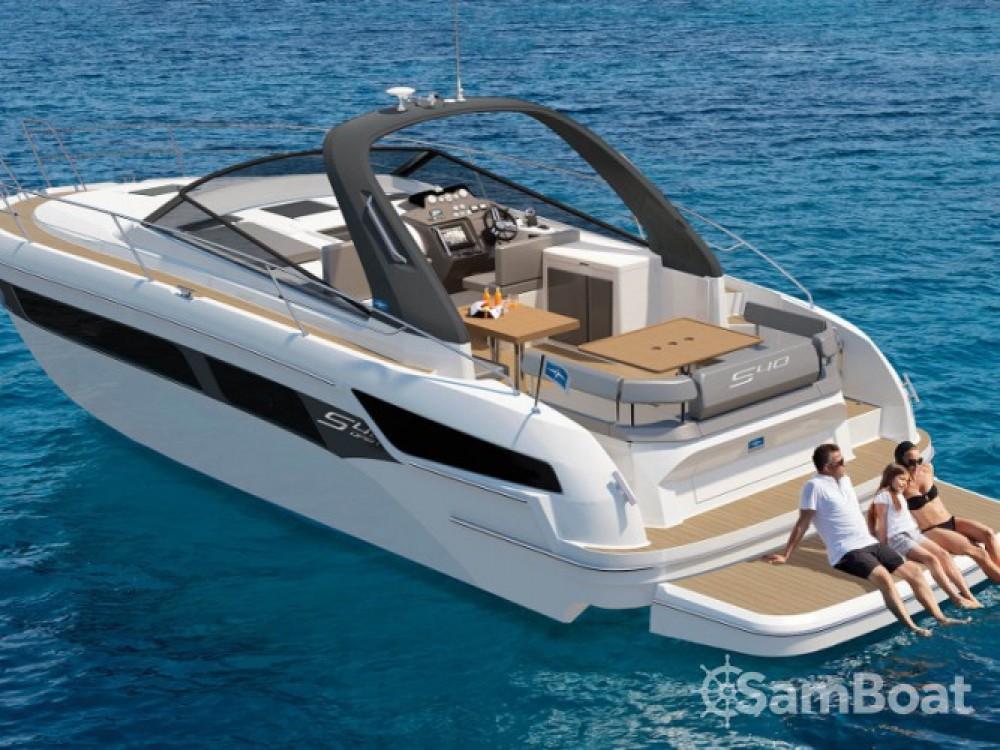 Location bateau Bavaria S 40 Open à Pula sur Samboat