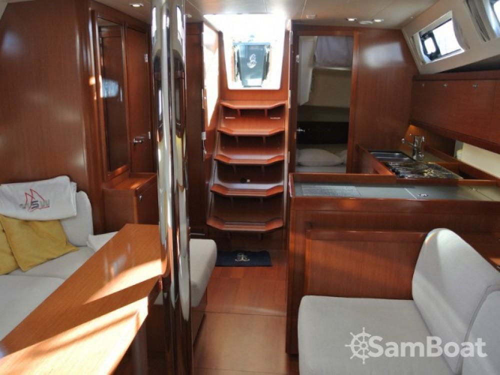 Location bateau Bénéteau Oceanis 41 à La Spezia sur Samboat