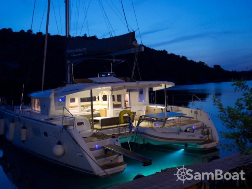 Location bateau Marina de Alimos pas cher Lagoon 450
