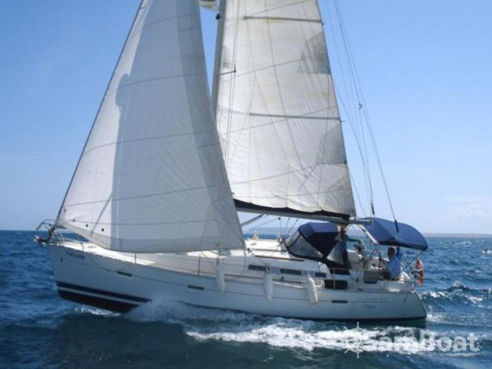 Bénéteau Oceanis 373 entre particuliers et professionnel à Cagliari