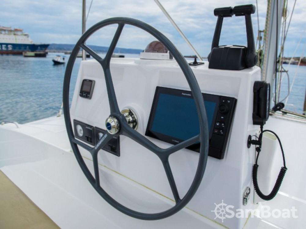 Bali Catamarans Bali 4.5 entre particuliers et professionnel à Laurion
