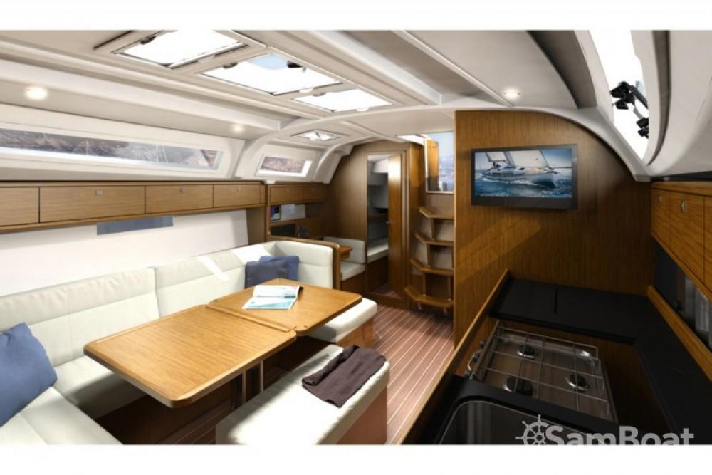 Location bateau ACI Marina Trogir pas cher Bavaria Cruiser 41