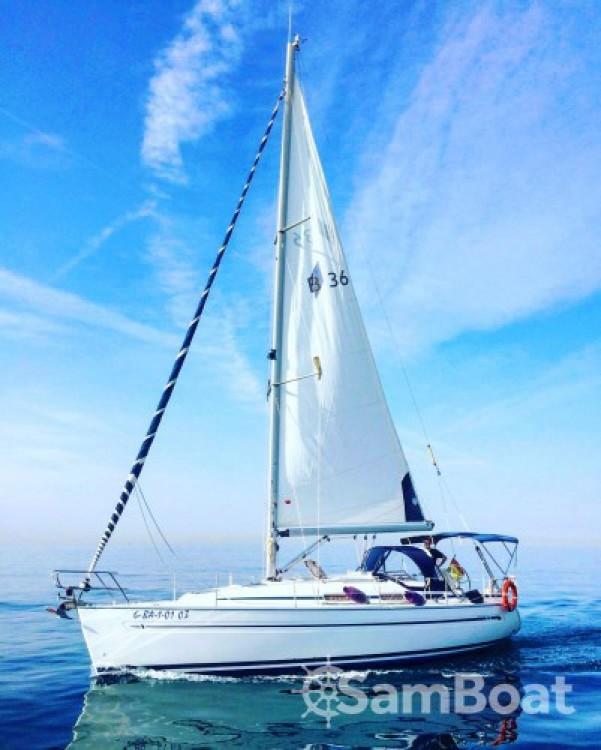 Location bateau Vilanova pas cher Bavaria 36