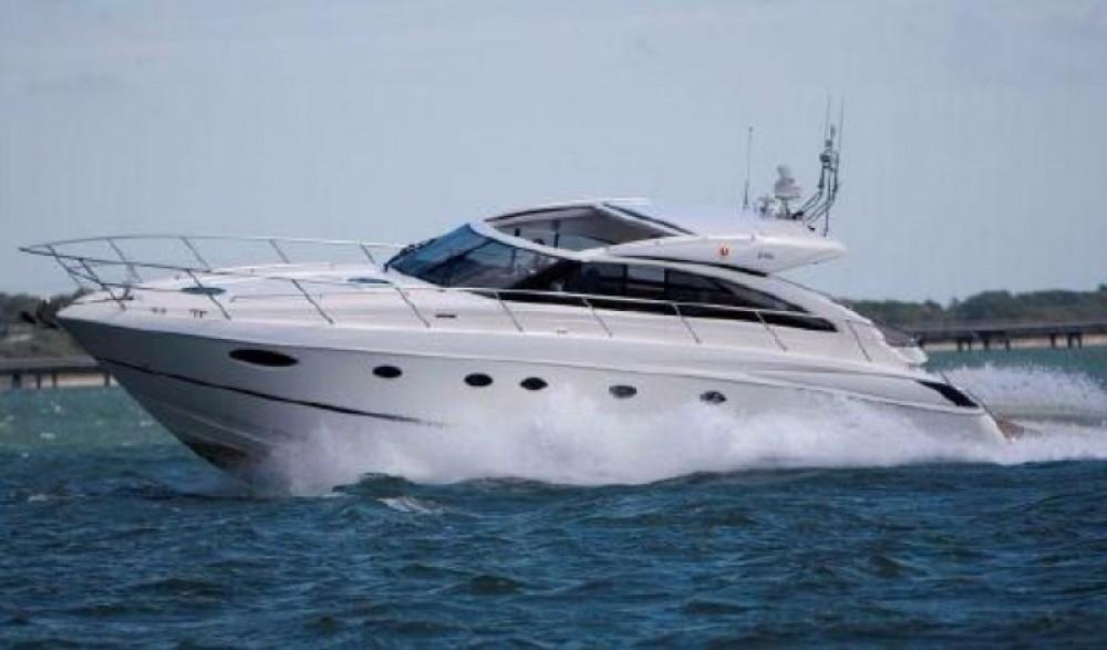 Location bateau Cannes pas cher Princess V56