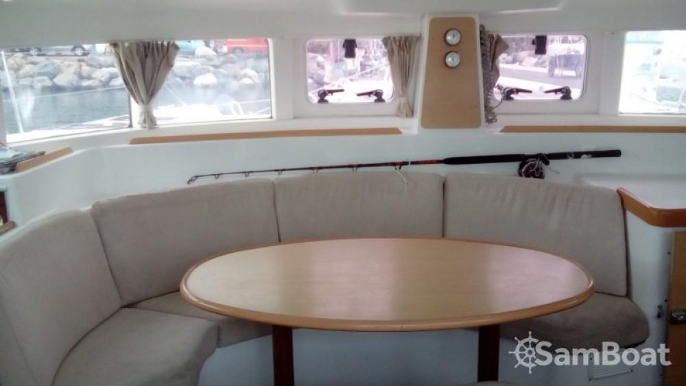 Location Catamaran à Marigot - Bénéteau Lagoon 380