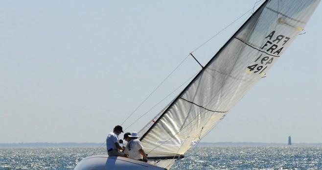 Noleggiare un'Vene-Bjonrndahl REQUIN Noirmoutier-en-l'Île