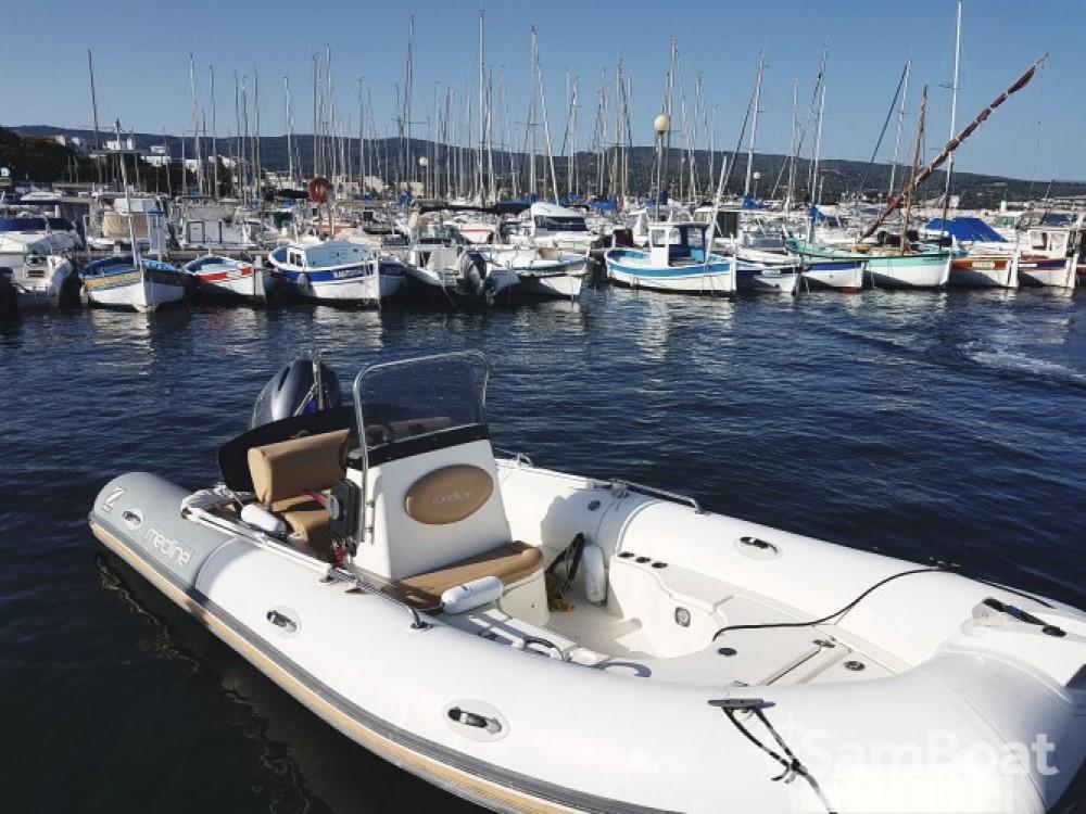 Location bateau Zodiac Medline 550 à La Ciotat sur Samboat