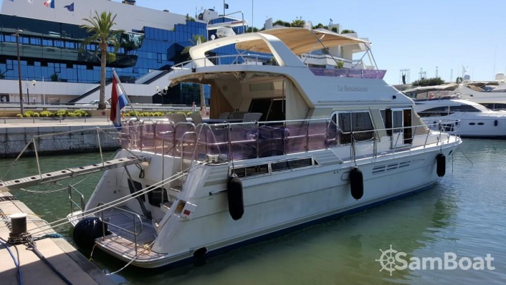 Location Yacht à Golfe-Juan - President-Marine-Ltd-Taiwan President 585