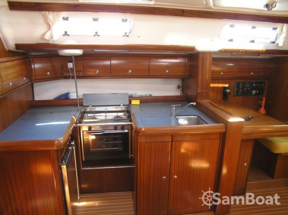 Alquiler de barcos Trogir barato de Bavaria 49