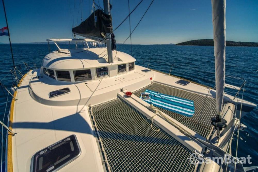 Lagoon Lagoon 380 entre particulares y profesional Slano