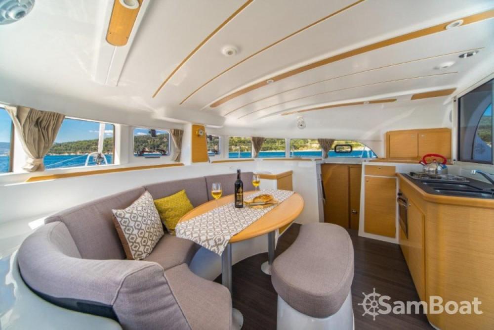 Alquiler de yate Slano - Lagoon Lagoon 380 en SamBoat