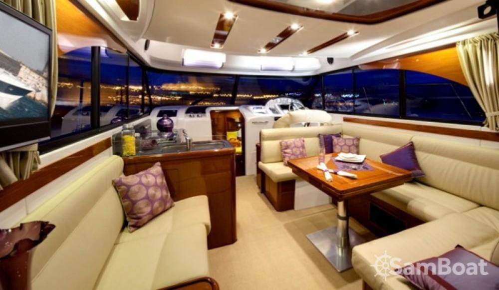 Alquiler de yate Split - Bénéteau Antares 42 en SamBoat