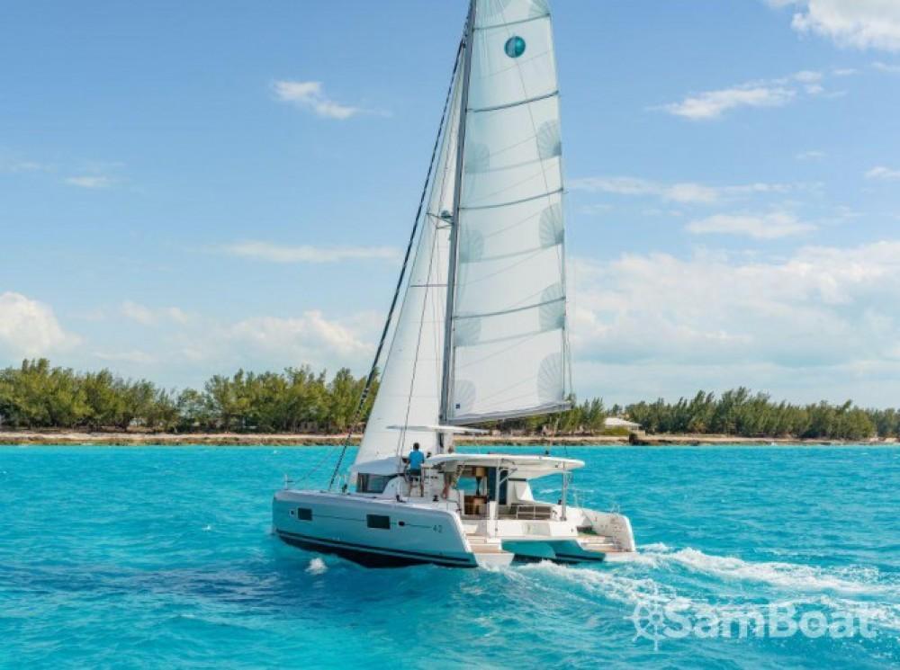 Alquiler Catamarán en Split - Lagoon Lagoon 42