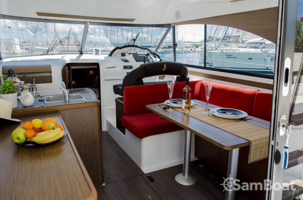 Alquiler de barcos Bénéteau Antares 36 enSplit en Samboat