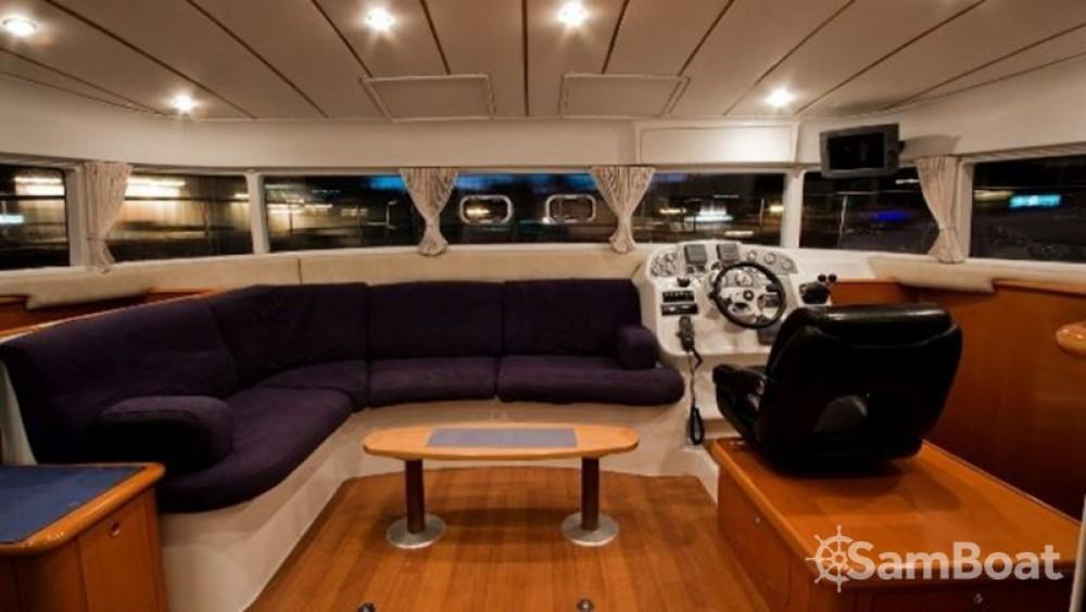 Catamarán para alquilar Split al mejor precio