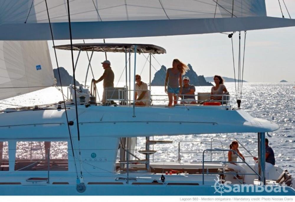 Alquiler de barcos Split barato de Lagoon 560