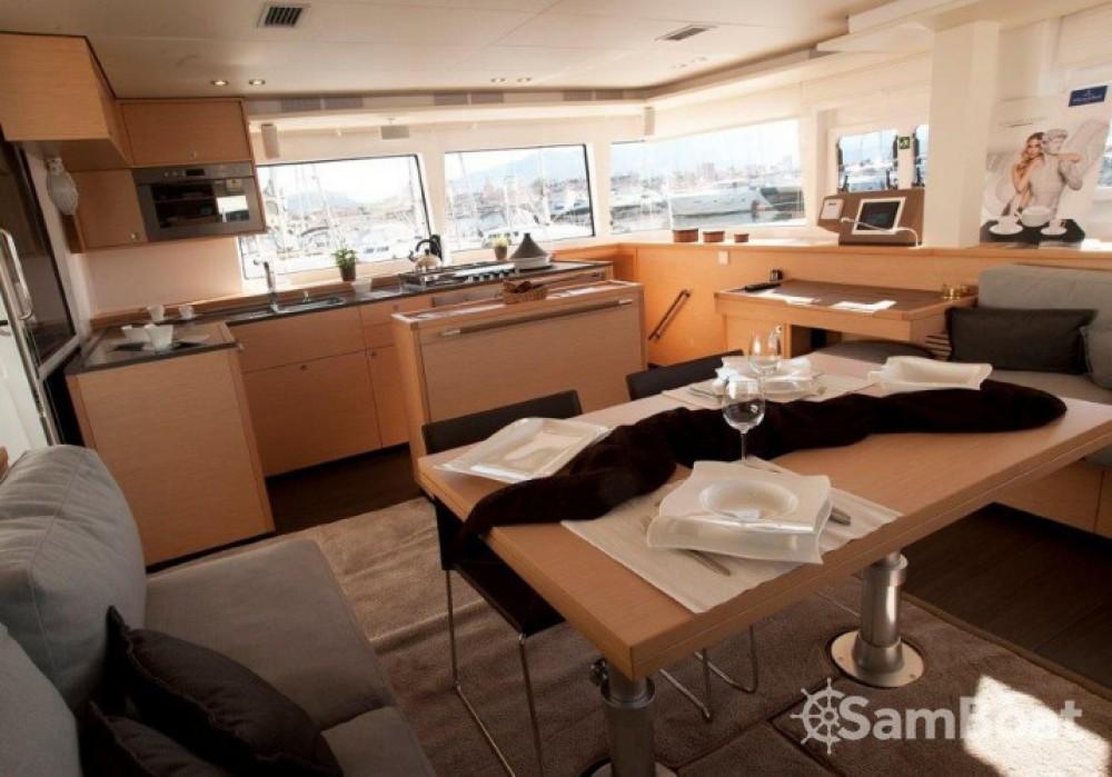 Alquiler de barcos Lagoon Lagoon 560 enSplit en Samboat