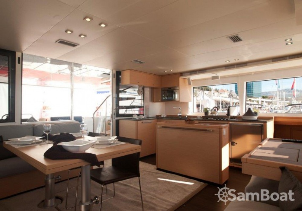 Alquiler de yate Split - Lagoon Lagoon 560 en SamBoat