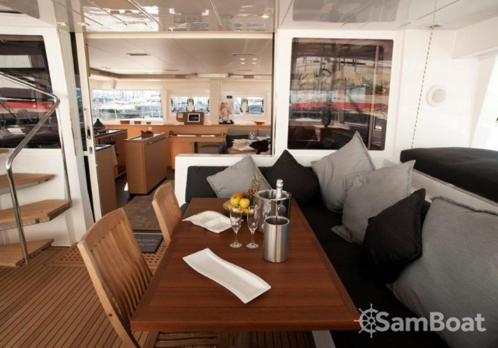 Alquiler Catamarán en Split - Lagoon Lagoon 560