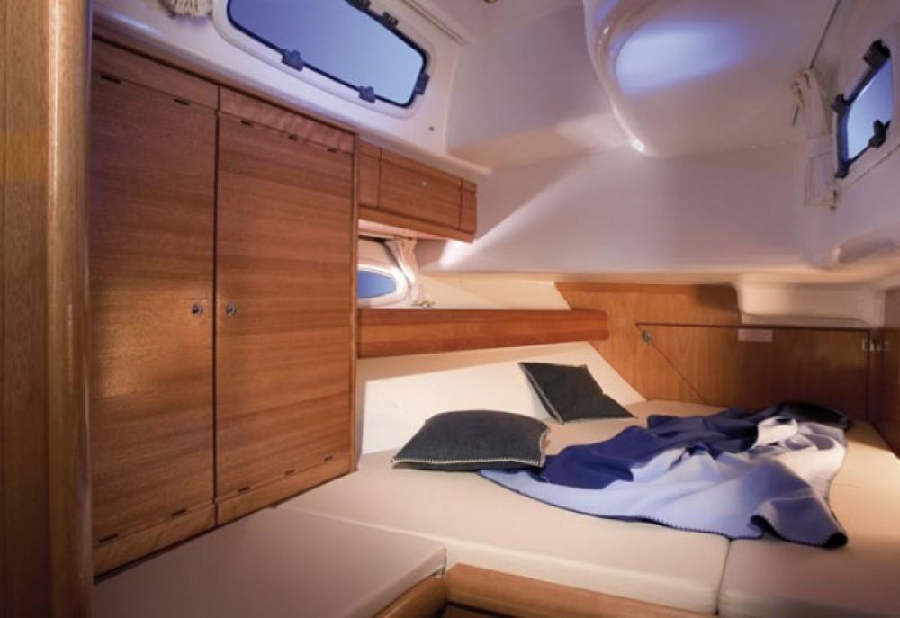 Alquiler de yate Jezera - Bavaria Cruiser 50 en SamBoat