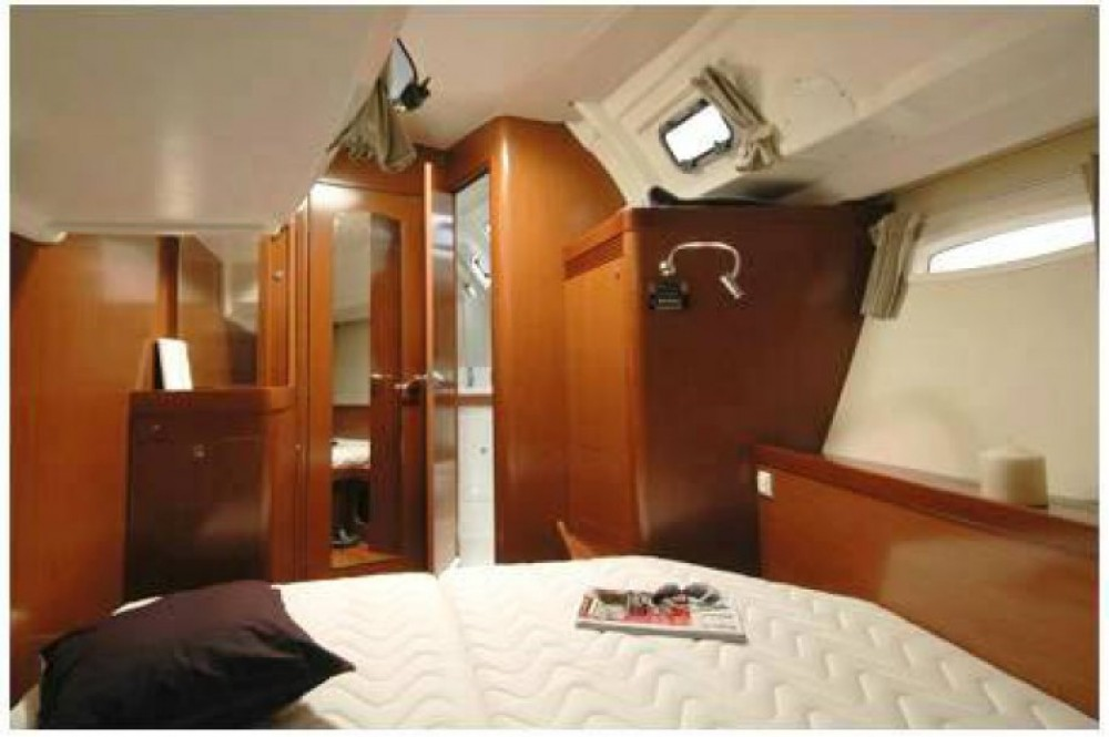 Alquiler de barcos Trogir barato de Oceanis 50 Family