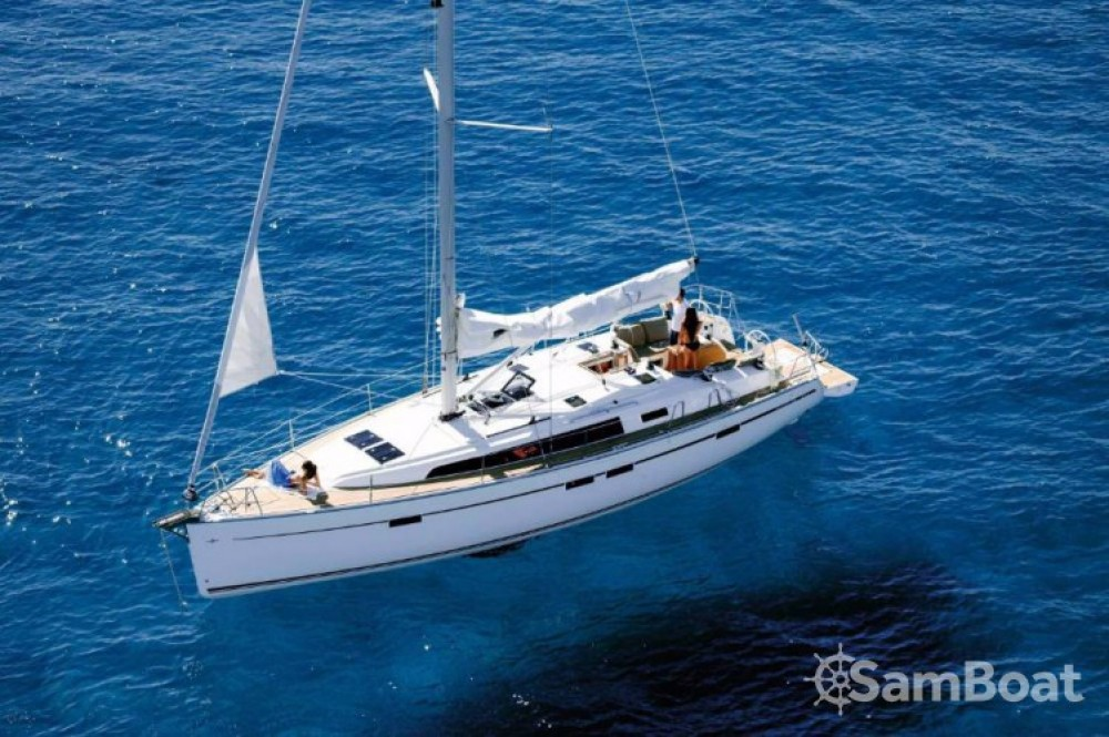 Alquiler de Bavaria Cruiser 46 en Leucade