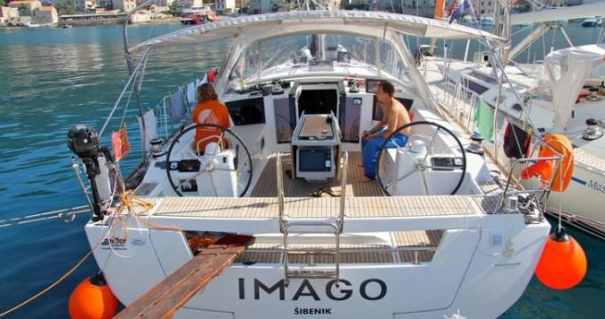 Location yacht à Jezera - Bénéteau Oceanis 45 sur SamBoat