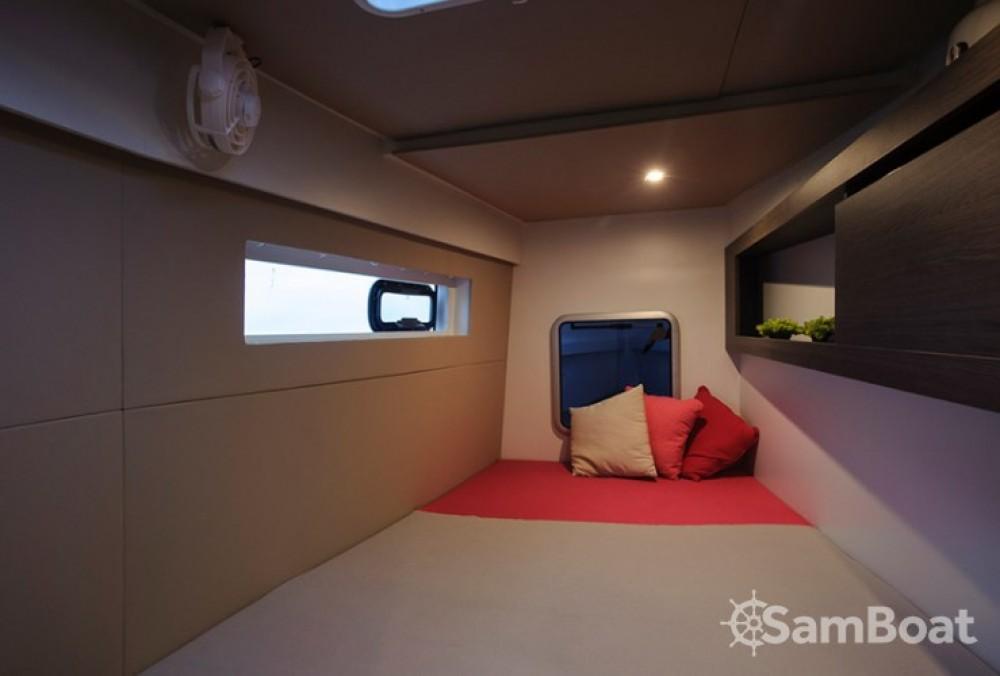 Catamaran for rent Jezera at the best price