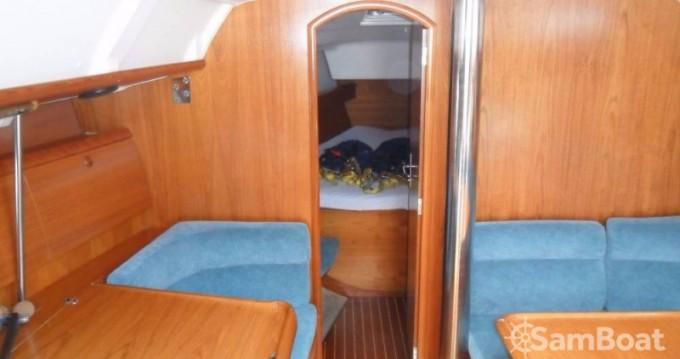 Jeanneau Sun Odyssey 40 entre particuliers et professionnel à Jezera