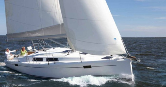 Location bateau Pirovac pas cher Hanse 385