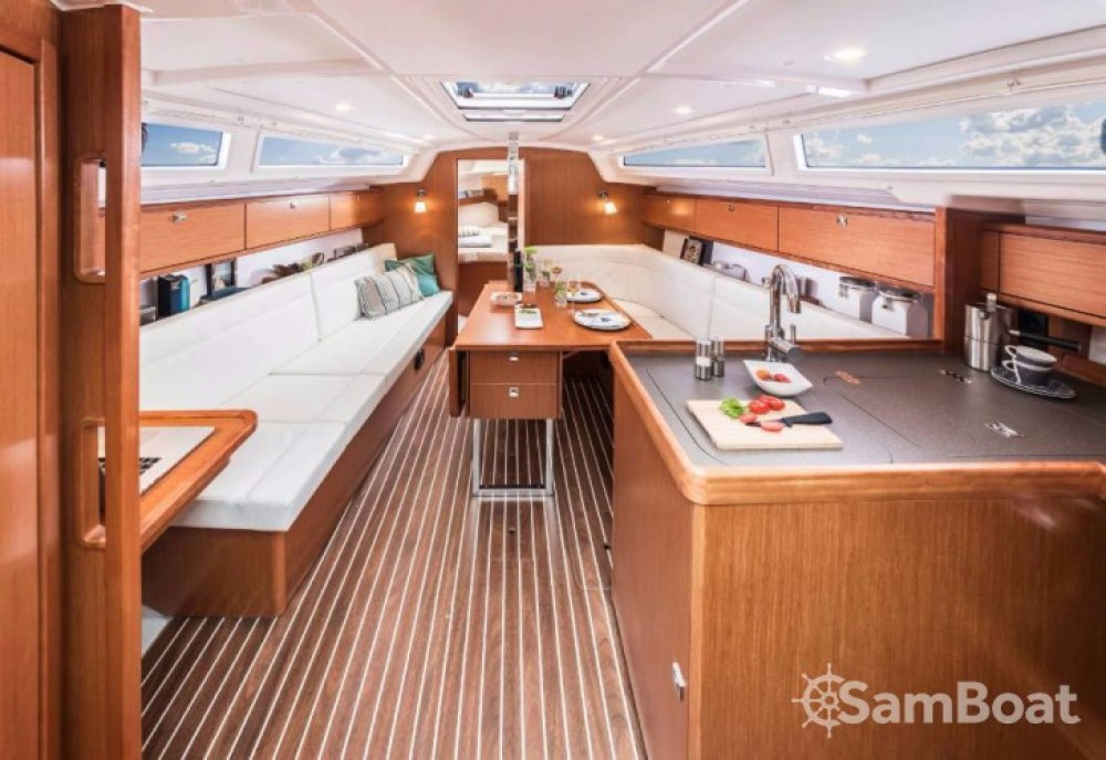 Boat rental Bavaria Cruiser 34 in Marina Kornati on Samboat