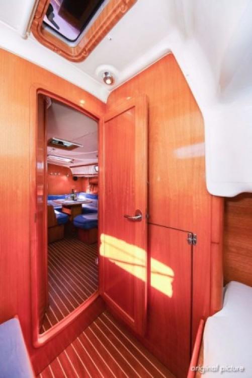 Alquiler de barcos Jezera barato de Cruiser 39