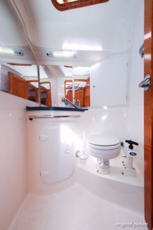 Bavaria Cruiser 39 entre particulares y profesional Jezera