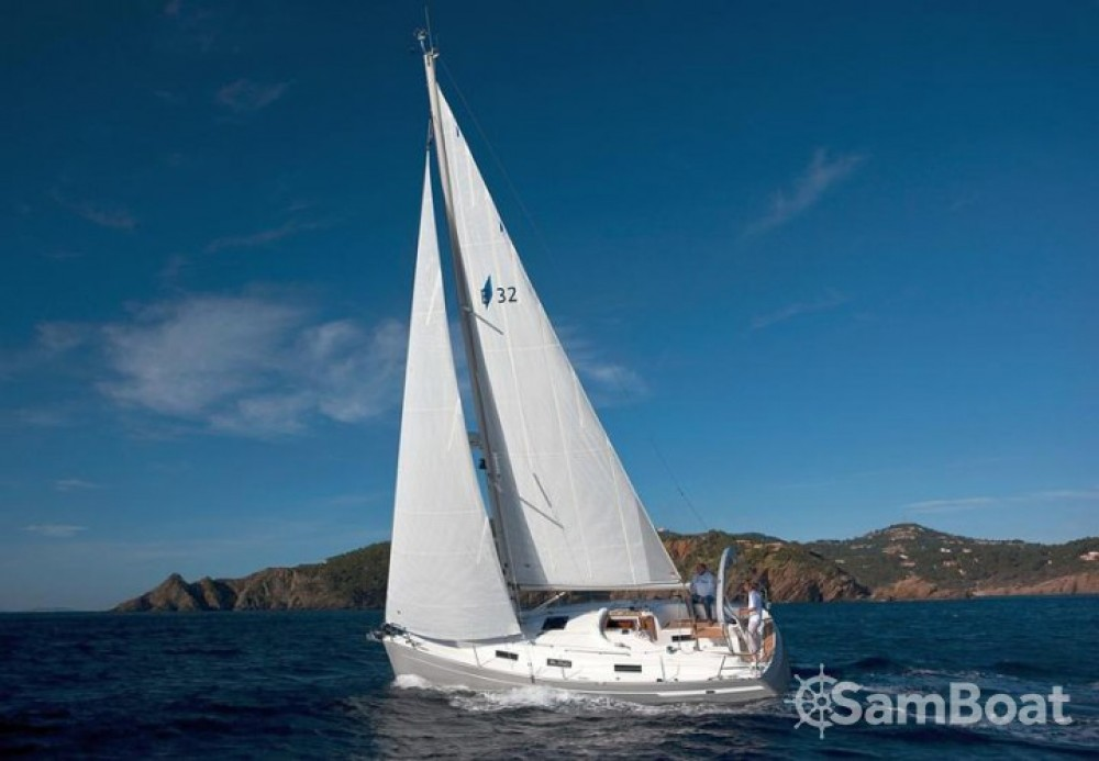 Boat rental Bavaria Cruiser 32 in Marina Kornati on Samboat