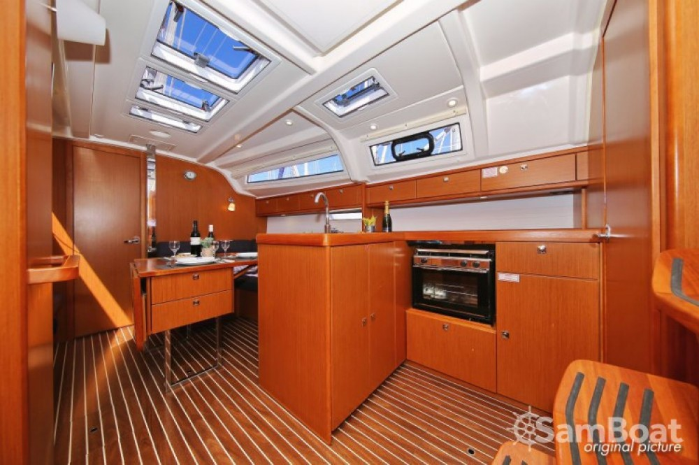 Rental yacht Marina Kornati - Bavaria Cruiser 37 on SamBoat