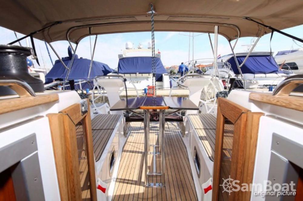 Boat rental Bavaria Cruiser 41 S in Marina Kornati on Samboat