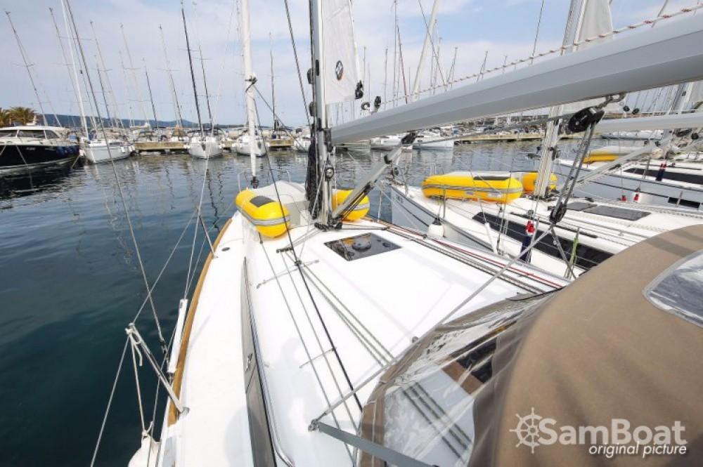 Jeanneau Sun Odyssey 349 between personal and professional Marina Kornati