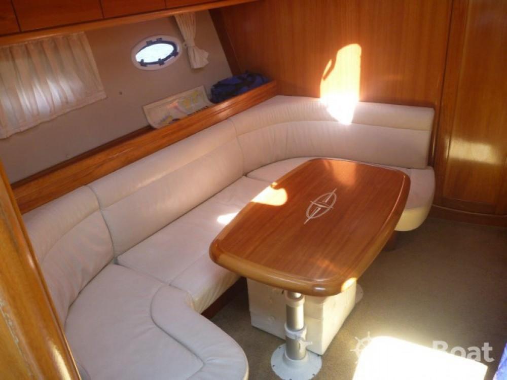 Boat rental Bavaria BMB 37 S in Šibenik on Samboat
