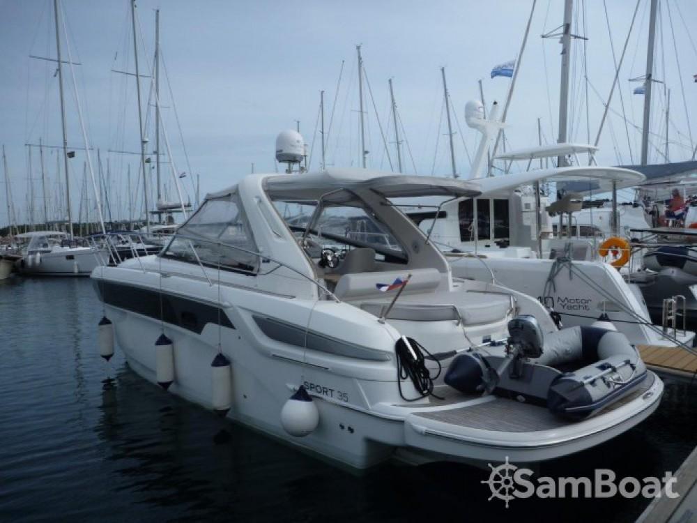 Rental Motor boat in Šibenik - Bavaria Sport 35