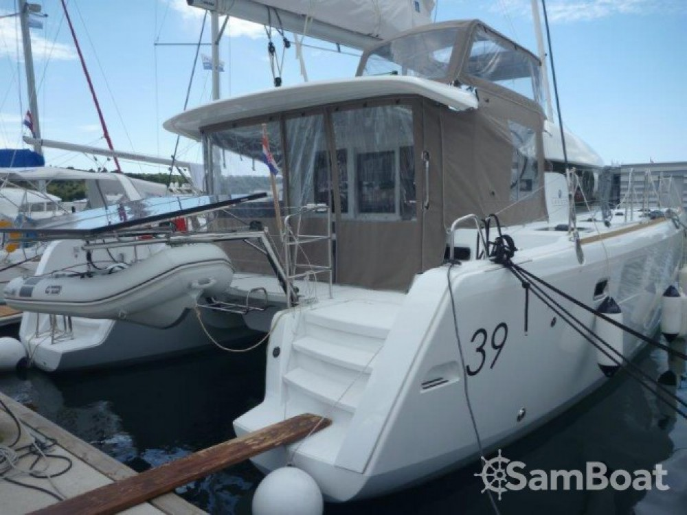 Catamaran for rent Pirovac at the best price