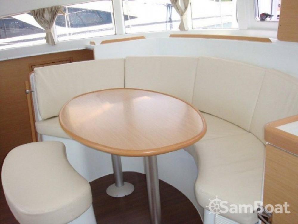 Rental yacht Šibenik - Lagoon Lagoon 380 S2 on SamBoat