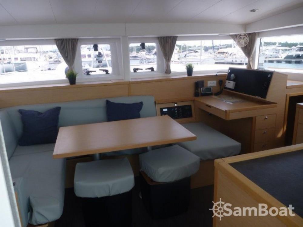 Boat rental Lagoon Lagoon 400 S2 in Šibenik on Samboat
